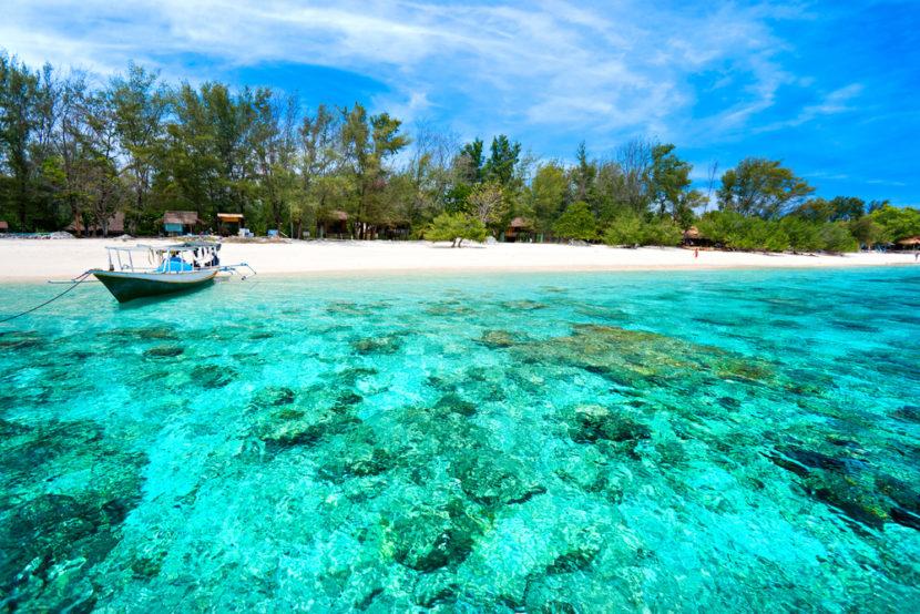 wisata laut terindah di indonesia